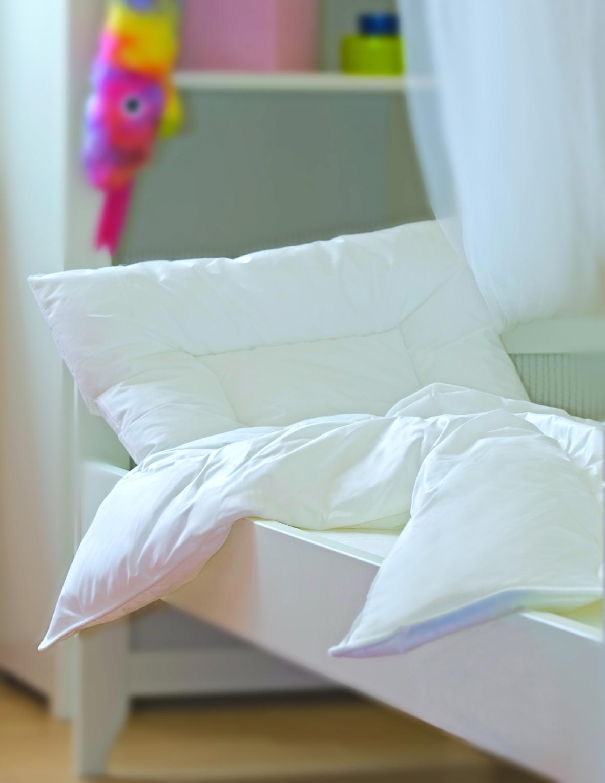 f r die kleinen decken tinas bettenladen. Black Bedroom Furniture Sets. Home Design Ideas